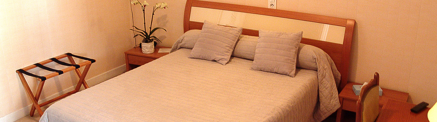 chambre-hotel-ecu-france-1860x520