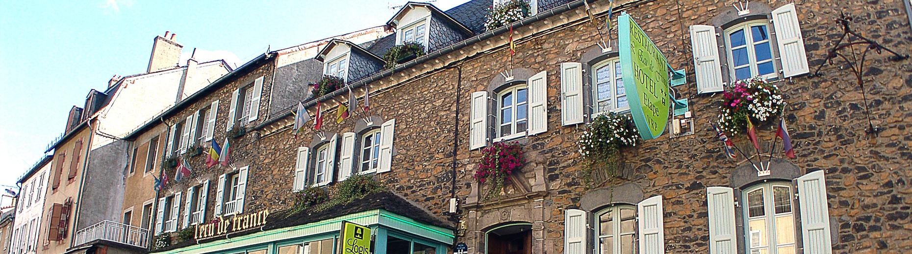 facade-hotel-1860x520